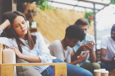 【心理テスト】スマホをなくした! 心配することでわかる人付き合いが苦痛な理由