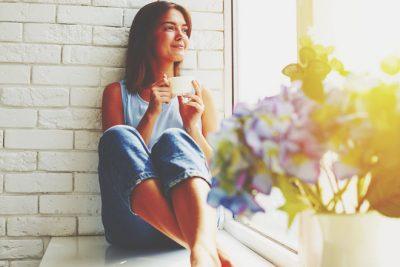 【夢占い】幸せな気分の夢は悲しみの裏返し? 実は逆夢かもしれないハッピーな夢の意味