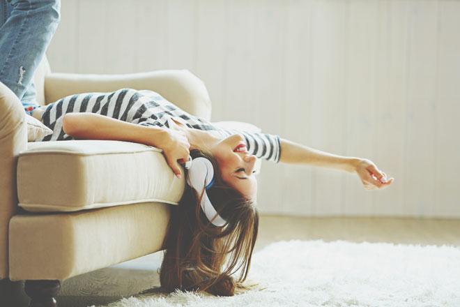 10の質問でわかる【リラックス度】ストレス社会、本当に力を抜いて過ごせている?