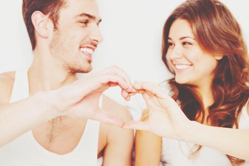 【安斎流・恋愛姓名判断】外運24画の人は、華やかだけど堅実な恋愛で幸せをつかむ